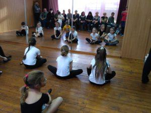 Открытые уроки в детском театре песни и танца «Серебряный колокольчик».