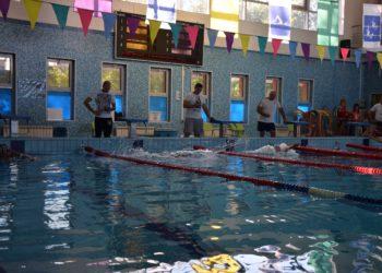 В эти выходные в СВАО прошли окружные соревнования по плаванию и волейболу. Команда района Бибирево заняла 2 место в категории 18-39 лет в соревнованиях по волейболу. А пловцы завоевали 2 вторых места и 1 первое!  Спасибо нашим спортсменам!