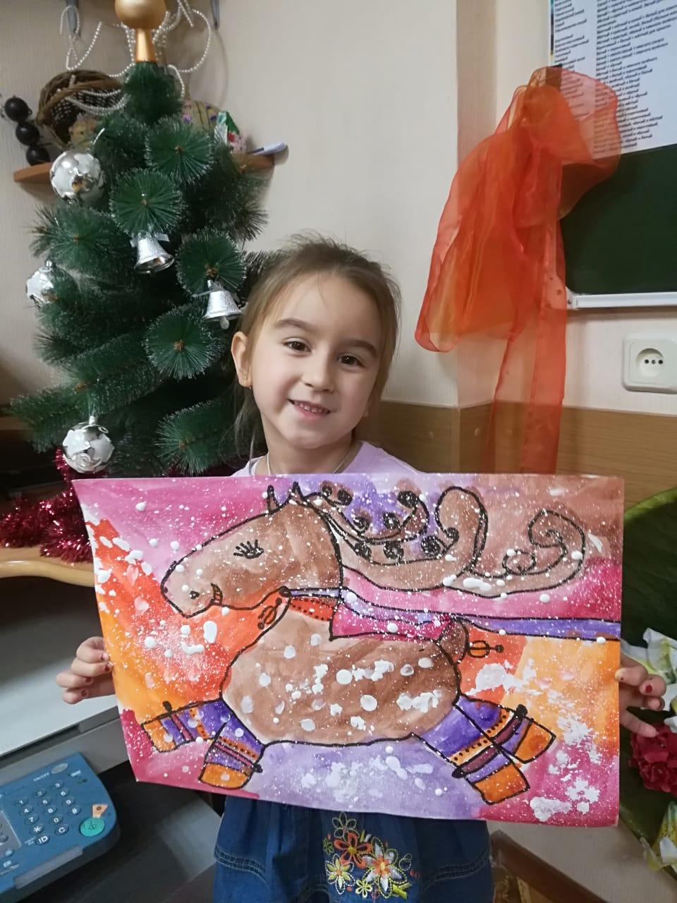 Выставка детского творчества  «Здравствуй зимушка Зима!»