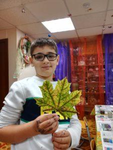 Мастер-класс по росписи осенних листьев